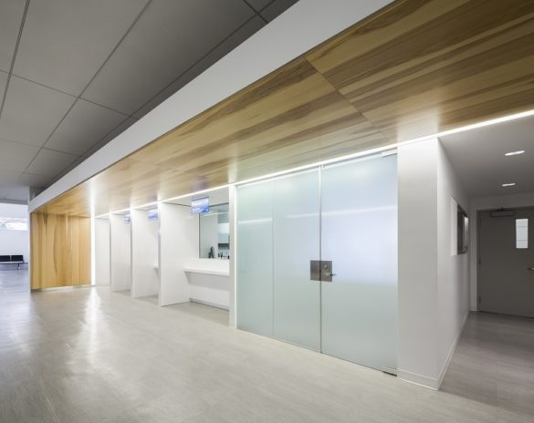 Montmagny Courthouse | printed wooden glass panels | CCM2 | Group A | Roy-Jacques Architects | Laurier Glass