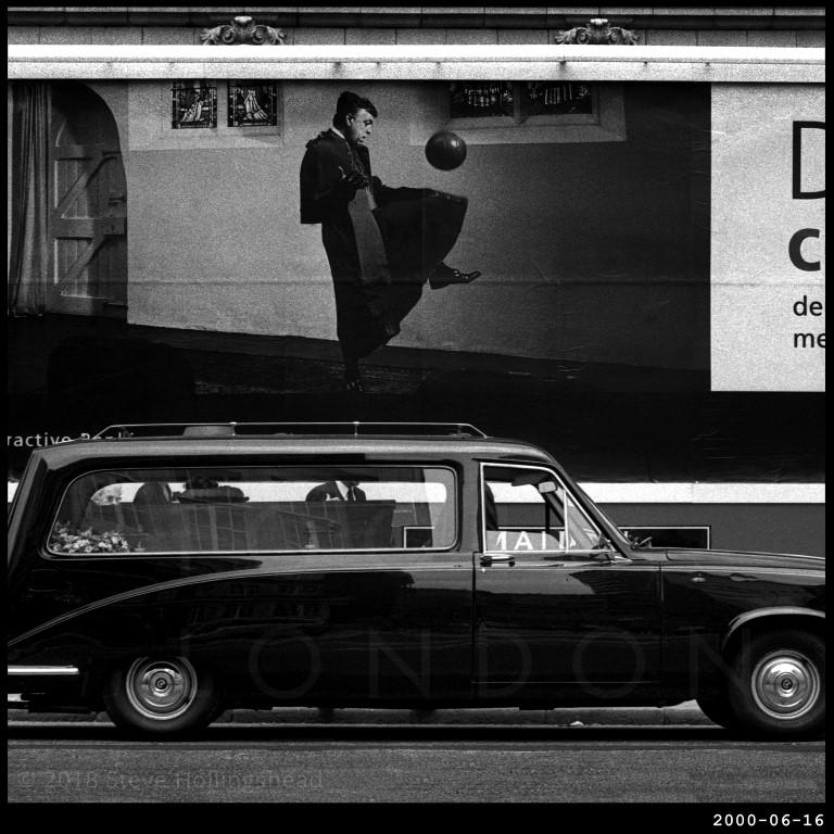 10001 days in London - Steve Hollingshead - Photography - London - IGS Magazine - 13
