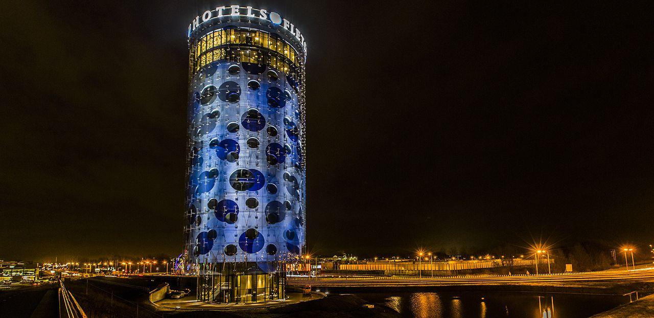 Fletcher Hotel - Benthem Crouwel Architects - Printed Glass - Facade - IGS Magazine - 25