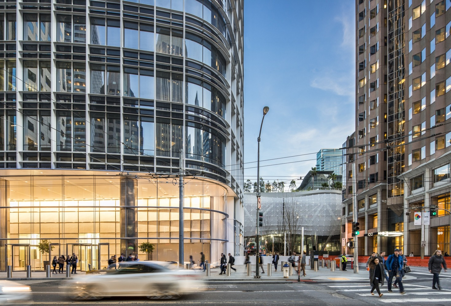 Salesforce Tower - Pelli Clarke Pelli Architects - IGS Magazine - Projects - 2