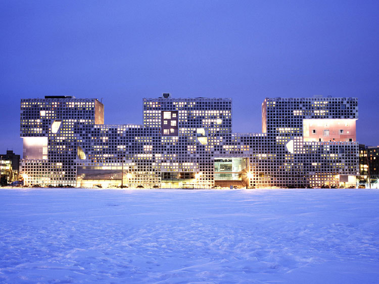 Simmons Hall at MIT - Steven Holl - Video - Interview - IGS Magazine