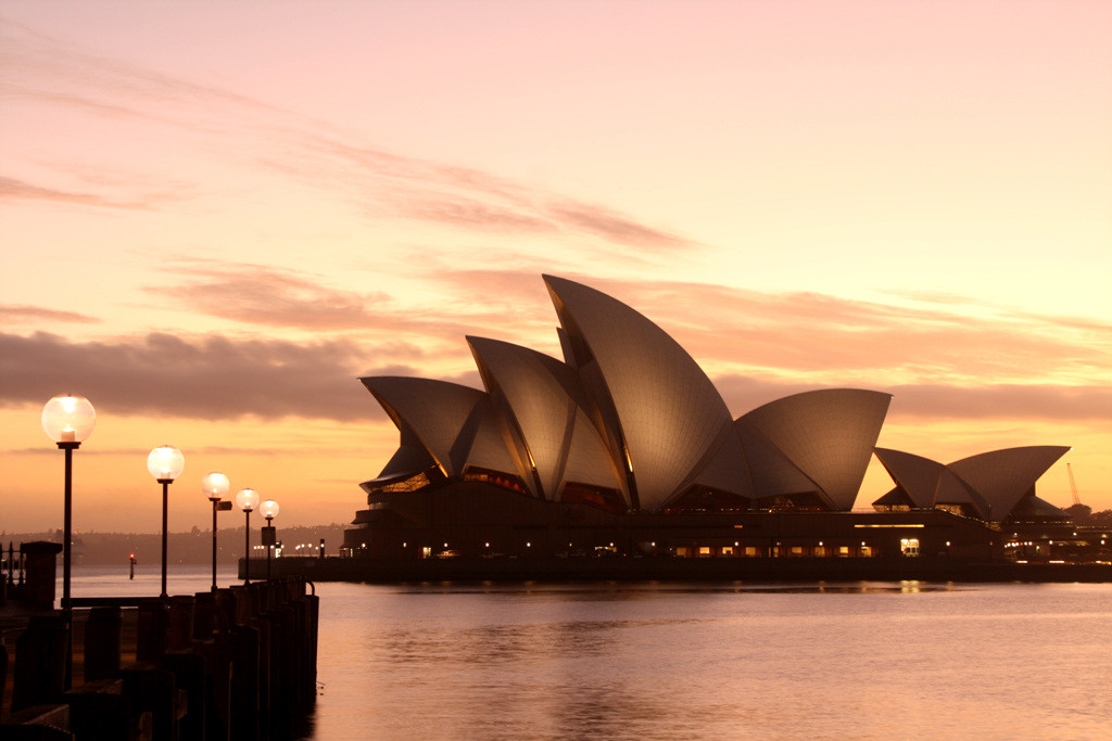 Sydney opera house- Jorn Utzon - IGS Magazine - interviews - videos