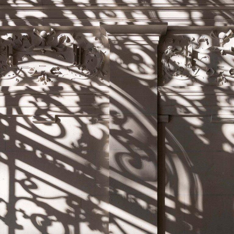 Apple Champs-Élysées pays tribute to Paris' rich history - igs magazine - news - 6
