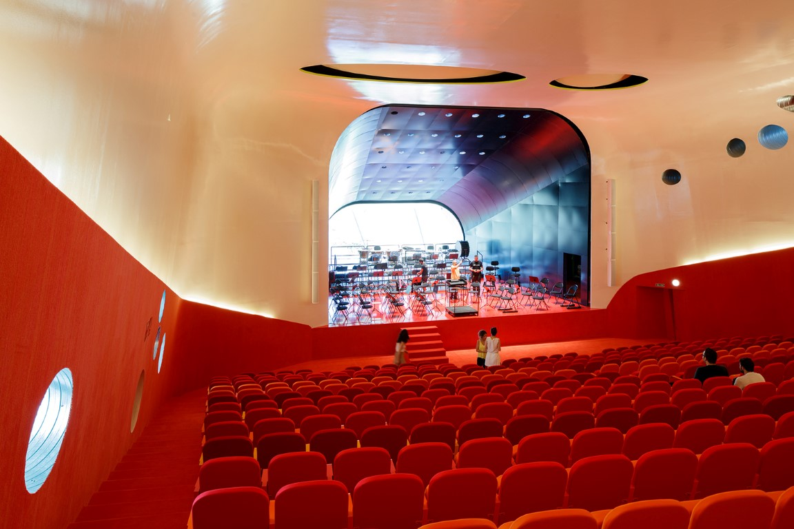 Plasencia Auditorium and Congress Center-igs magazine-projects-9