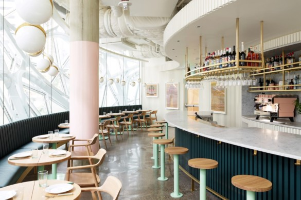 Award-winning Chef's Restaurant Set in the Heart of Glass Domes