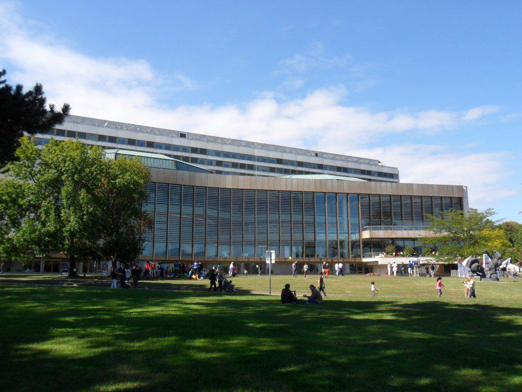 06 UN_Building_E_View