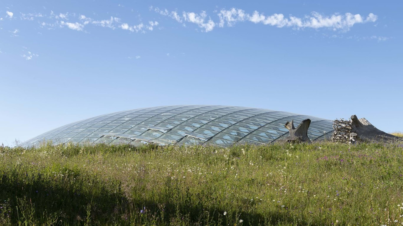 Great Glass house_Foster and partners_IGS Magazine_2