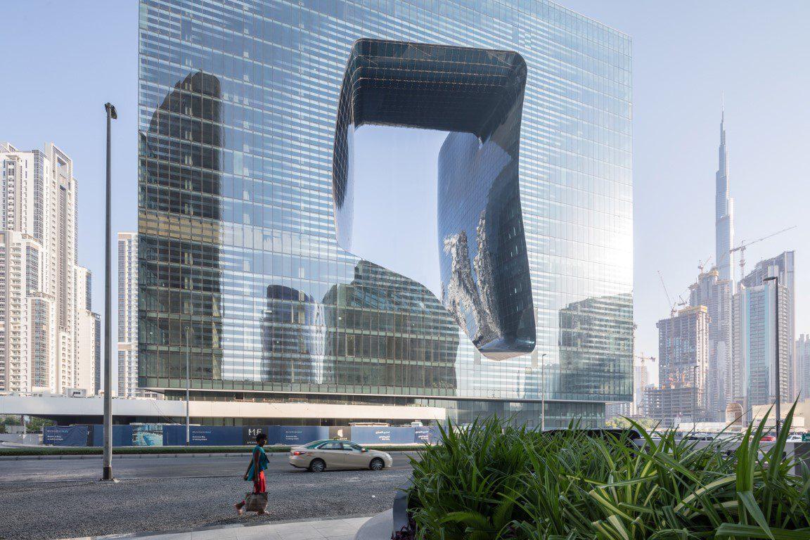 06_ZHA_Opus_Dubai_photo_laurianghinitoiu