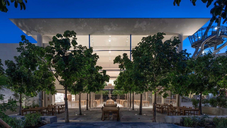 Apple Aventura Creates a New Social Focus for Miami_2