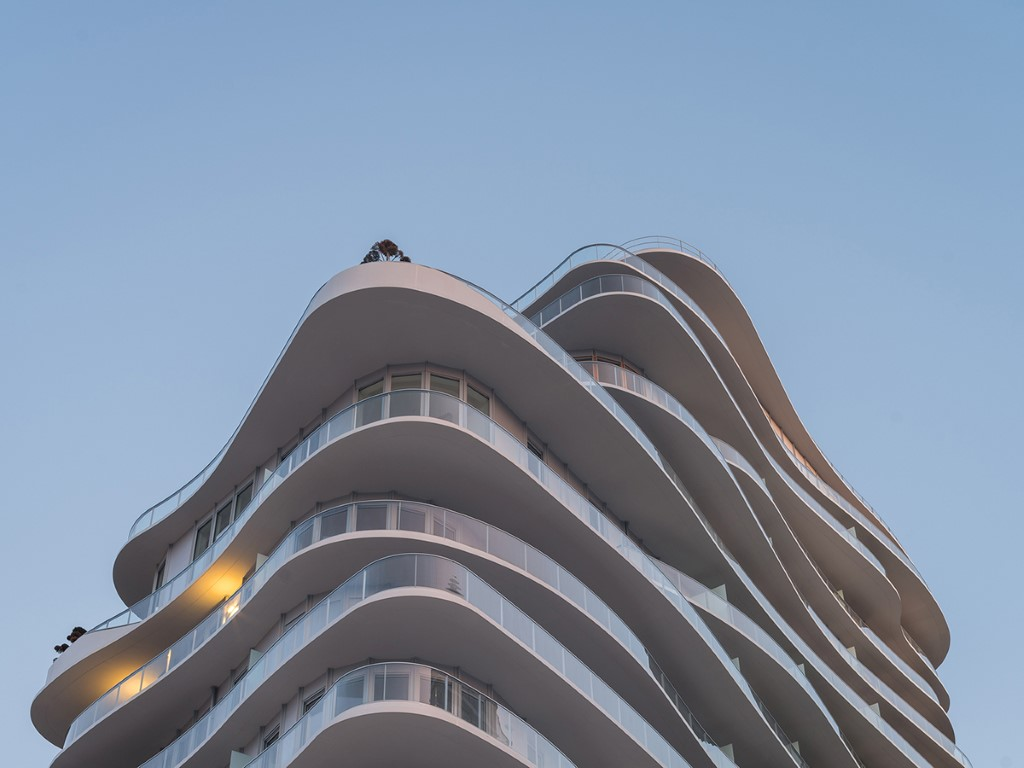 02_MAD-Architects_UNIC-Residential_tops-out_photo-by-Jared-Chulski_mailchimp