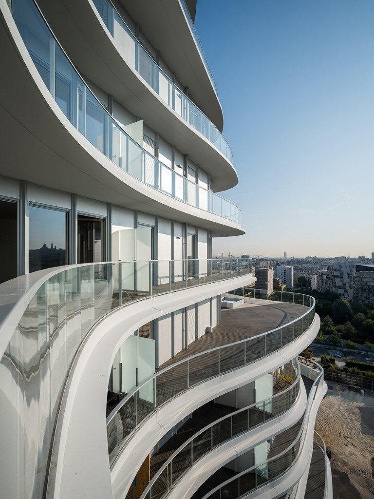 07_MAD-Architects_UNIC-Residential_tops-out_photo-by-Jared-Chulski_mailchimp