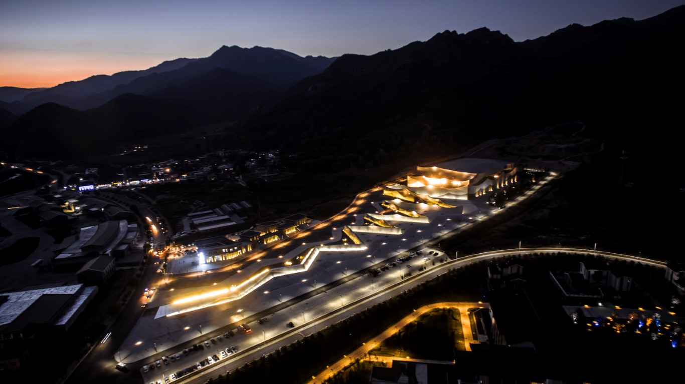 Encore Mount Wutai Theater_BIAD-ZXD ARCHITECTS_2