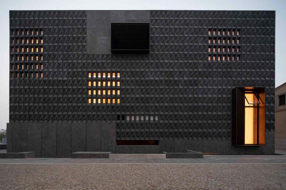 New Video Explores Neri&Hu's Aranya Art Center in Northern China_2