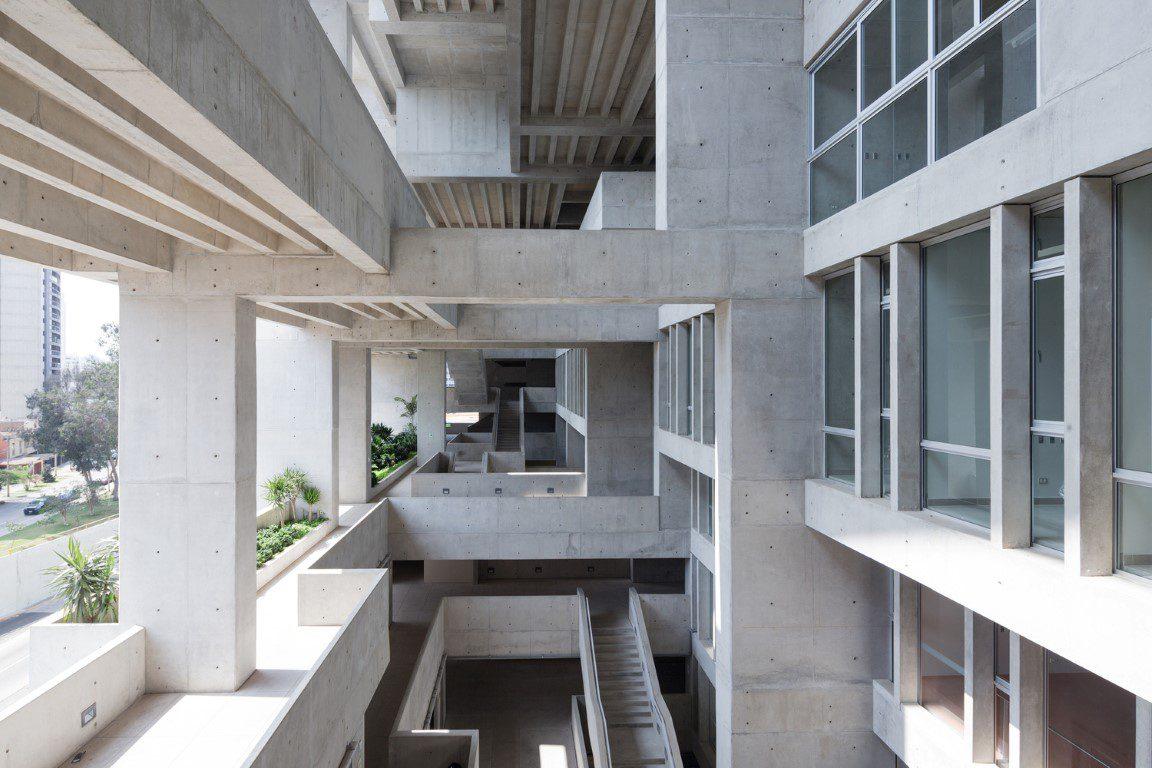 Universidad de Ingenieria y Tecnologia by Grafton Architects. Winner of the RIBA International Prize 2016. Photo by Iwan Baan