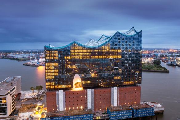 elbphilharmonie | IGS Magazine | Hamburg | ipachrome design | AGC Interpane | Glass Industry | designed by Herzog & de Meuron