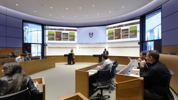 Foster + Partners | Yale School of Management | Interior | Lecture theater | Architecture