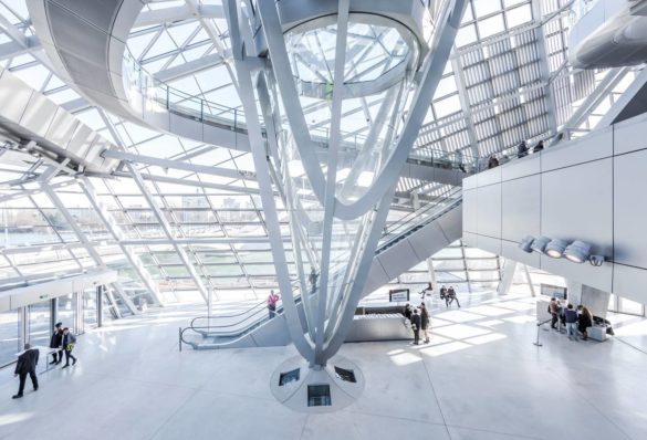 Musée des Confluences | Lyon | France | Rhone and Saone | architectural design | Intelligent glass solutions | Center piece