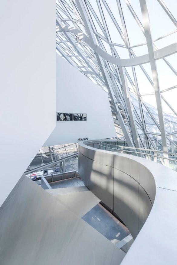 Musée des Confluences | Lyon | France | Crystal and cloud shapes | Wolf D. Prix | Coop Himmelb | IGS Mag