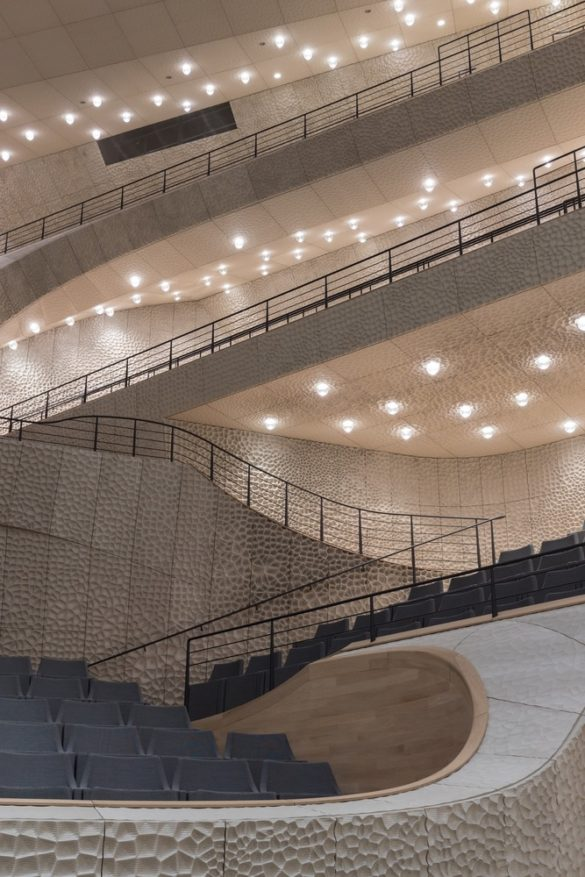 elbphilharmonie | Interior Hall | Hamburg | ipachrome design | AGC Interpane | Exterior View | Intelligent Glass Solutions | designed by Herzog & de Meuron