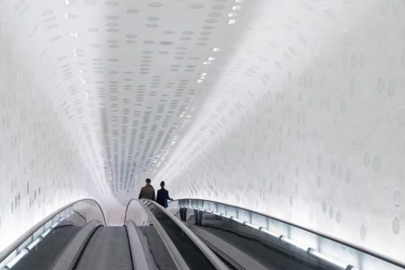 elbphilharmonie | Droplet Coating | Hamburg | ipachrome design | AGC Interpane | Interior Escalator | Intelligent Glass Solutions