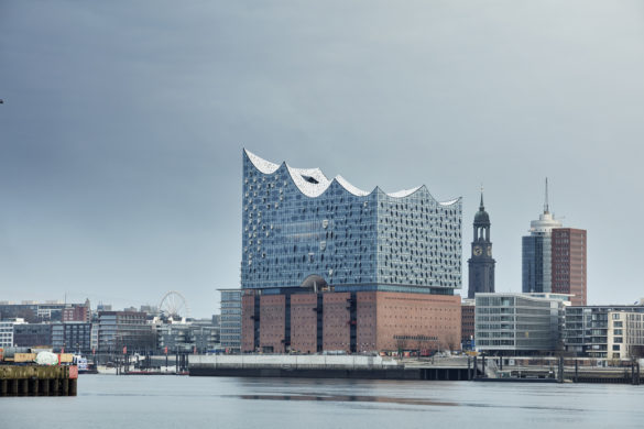 elbphilharmonie | Droplet Coating | Hamburg | ipachrome design | AGC Interpane | View from the River | Intelligent Glass Solutions