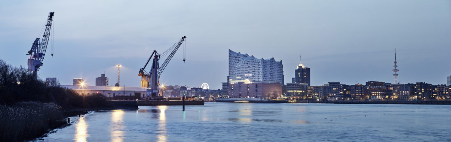 elbphilharmonie | Maxim Schulz | Hamburg | ipachrome design | AGC Interpane | Exterior of the elbphilharmonie | View from Riverbank | designed by Herzog & de Meuron
