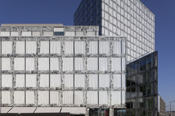 Allianz Swiss Insurance Headquarters | Richti District | Zurich | Exterior view of facade | Energy Efficiency | Motor-operated sunshade blind