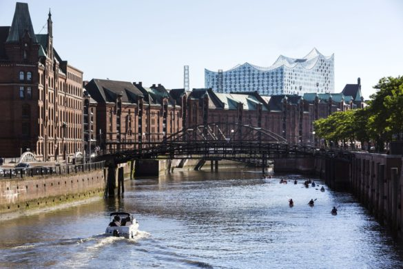 elbphilharmonie | Hamburg | ipachrome design | AGC Interpane | View from the river | IGS Mag | designed by Herzog & de Meuron