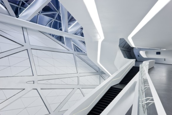 guangzhou opera house | Zaha Hadid Architects | IGS Mag | photography | Iwan Baan | Glass Design