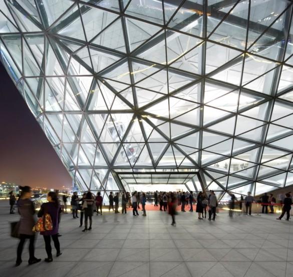 guangzhou opera house | Zaha Hadid Architects | IGS Mag | photography | Hufton and Crow | Exterior