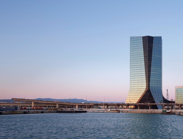 CMA CGM Tower | France | Photography | IGS Mag | On the river