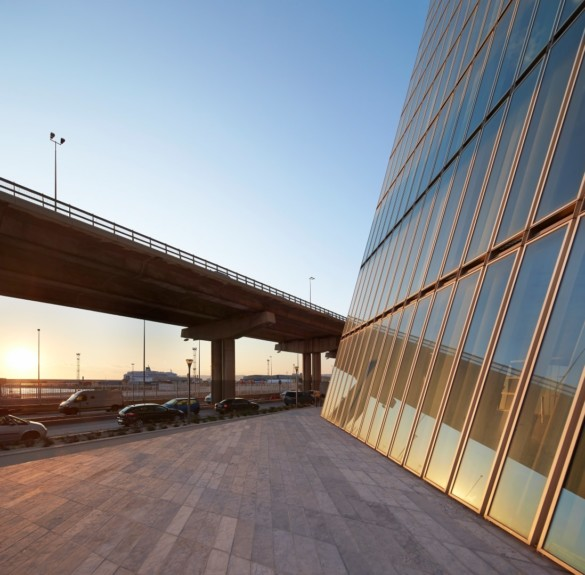 CMA CGM Tower | France | Photography | IGS Mag | Sunset on the facade