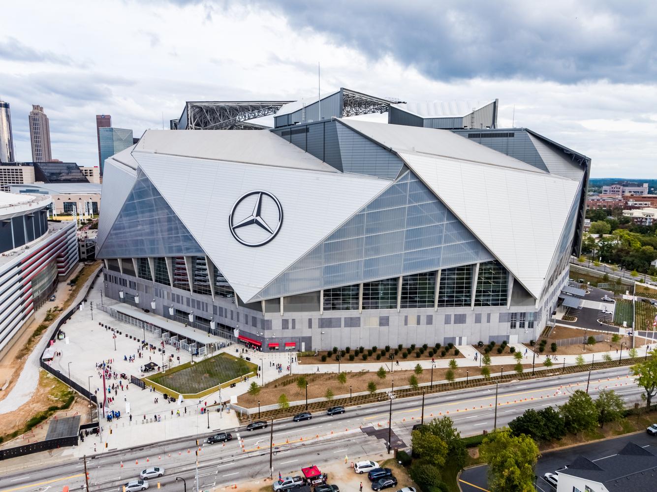 Atlanta's Mercedes Benz Stadium- HOK - IGS Magazine - Cover image