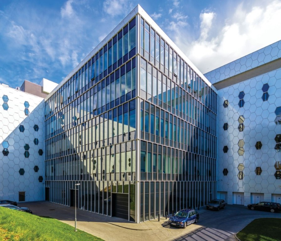 national centre of physical and technological sciences - Reynaers Aluminium - AKG Architects - IGS Magazine- 11