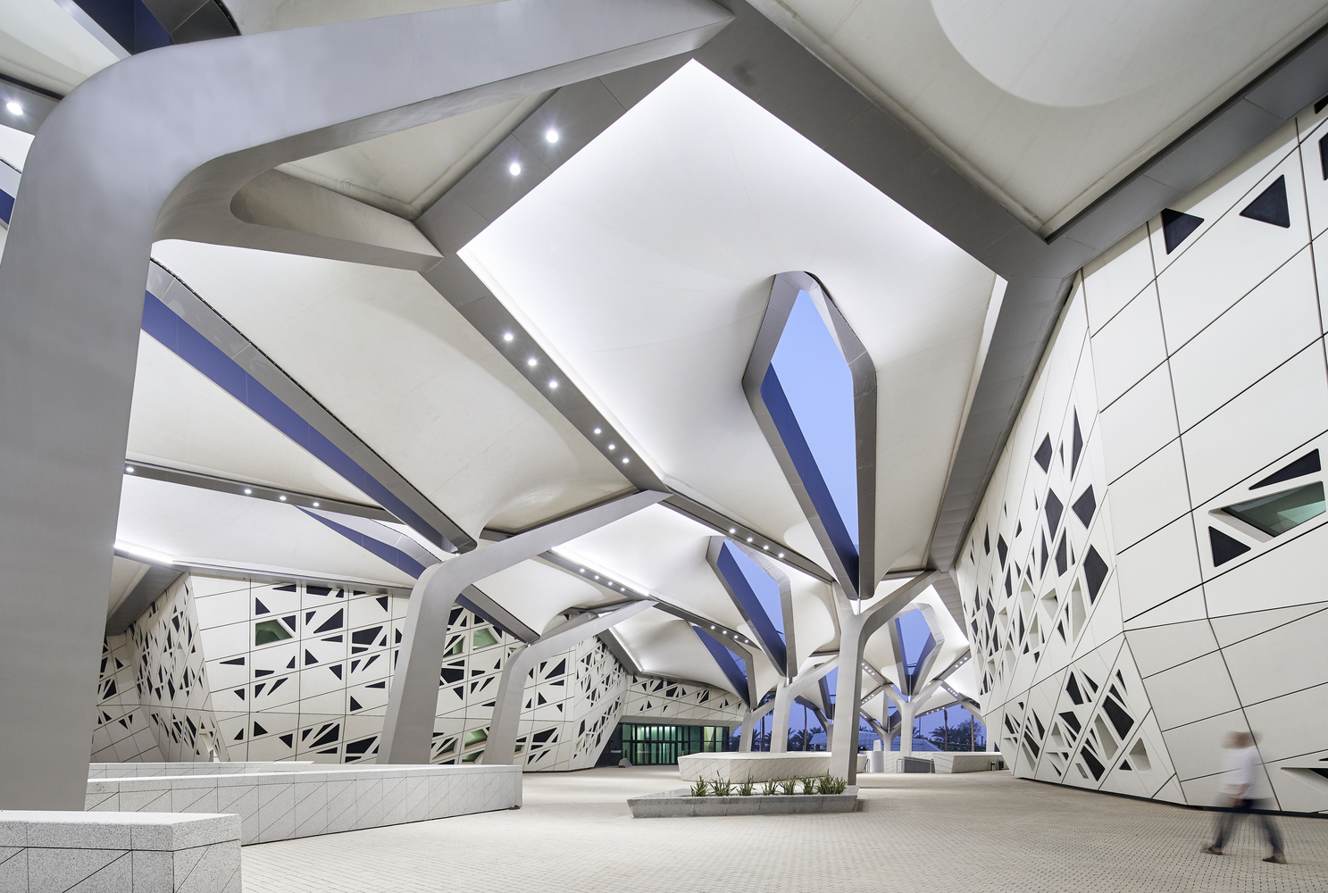 King Abdullah Petroleum Studies and Research Centre - Zaha Hadid Architects - projects - IGS Magazine - news - 11