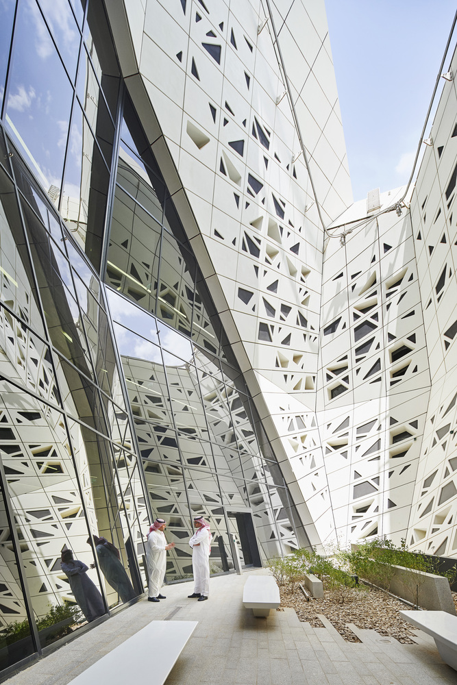 King Abdullah Petroleum Studies and Research Centre - Zaha Hadid Architects - projects - IGS Magazine - news - 7