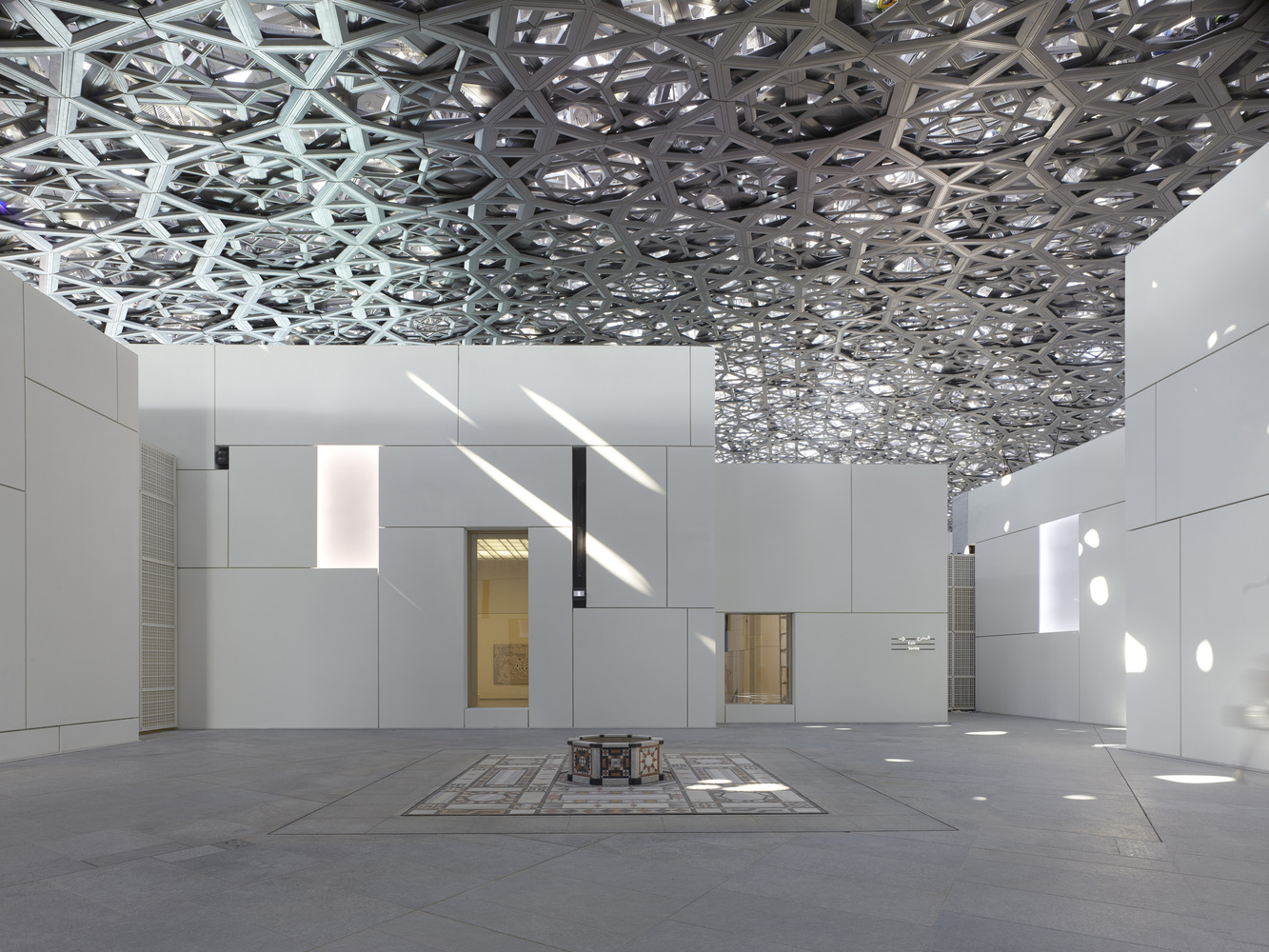 Louvre-Abu-Dhabi-Ateliers-Jean-Nouvel-Top-5-IGS-Magazine-Facade-3