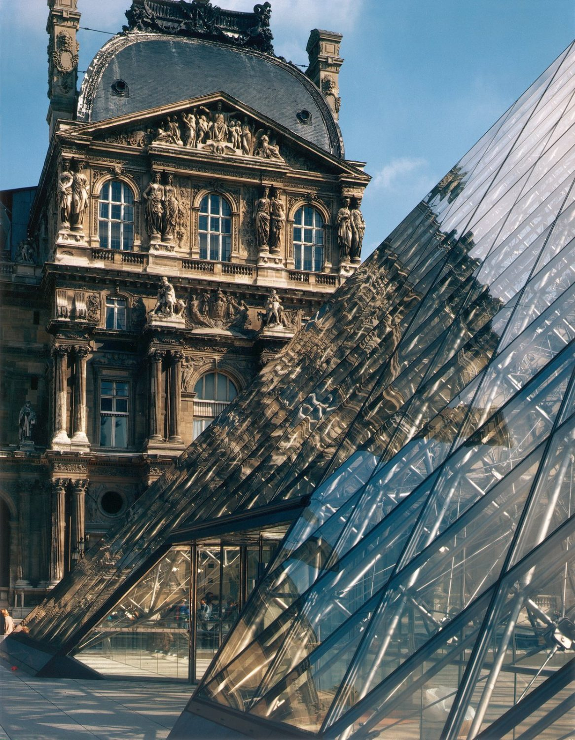 The Louvre Museum - Paris - France - IGS Magazine - 3
