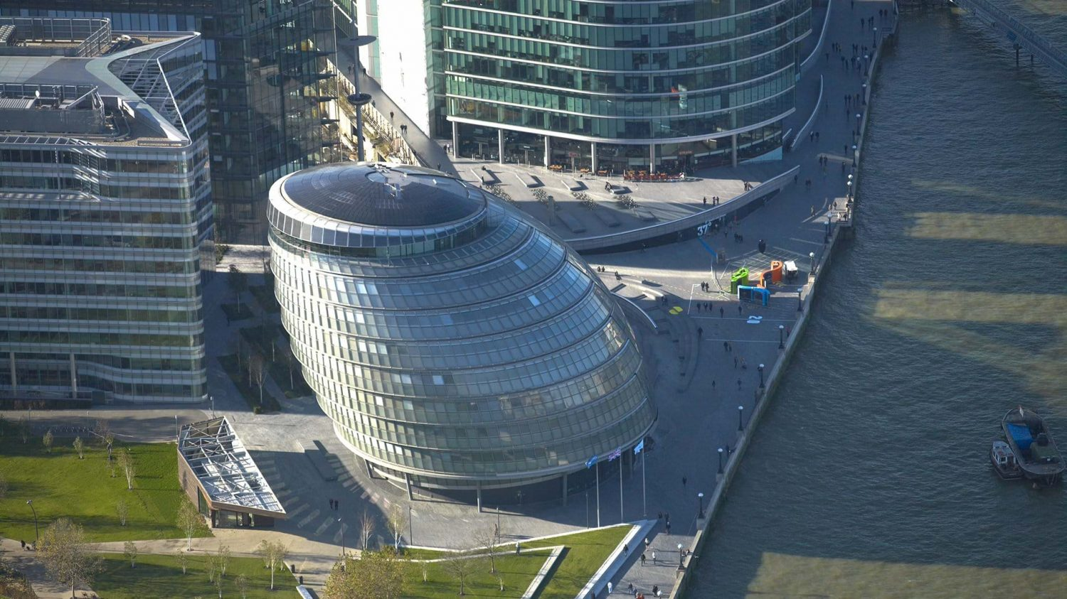 city hall - foster + partners - london - igs nostalgia - 6