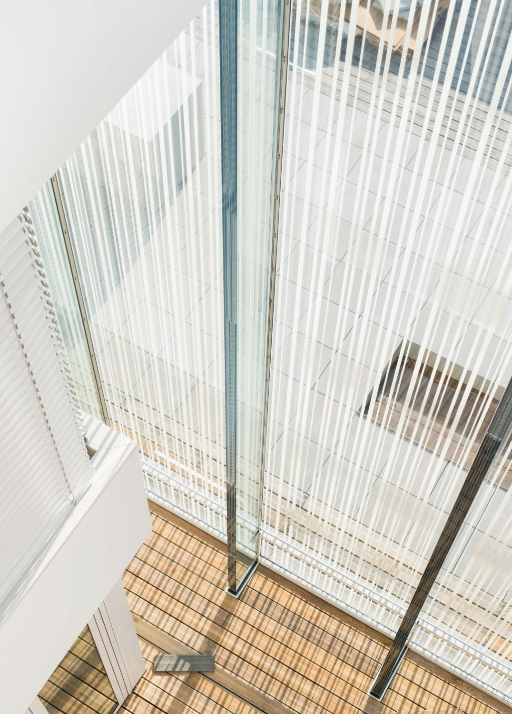 xxl_glas_01_sedak_IGS_Magazine_innovations in glass-1