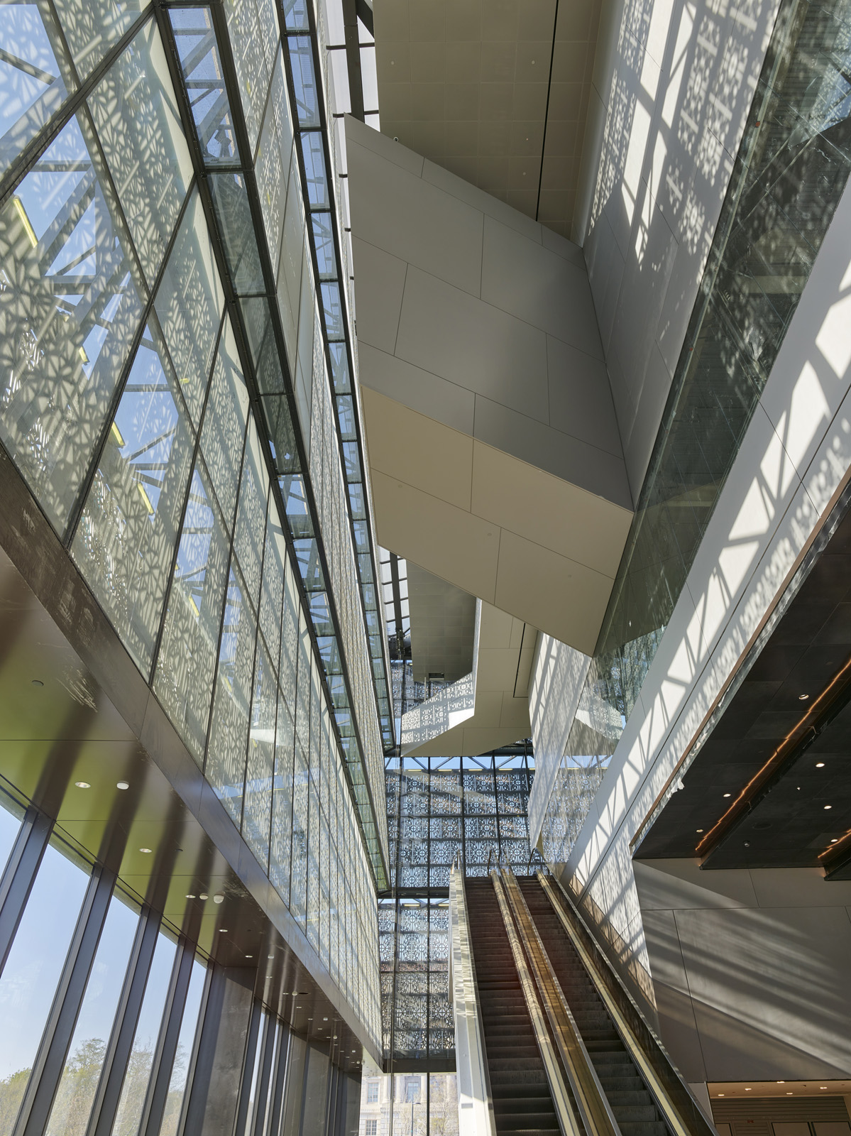 African american history museum - Glass reimagined - IGS Magazine - 3