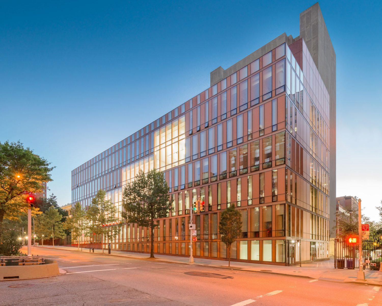 Barnard College - Glass reimagined - IGS Magazine - 1
