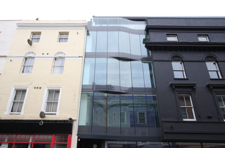 Structural Glass Facades vs Slim Façade Systems - IGS Magazine - Features - 3