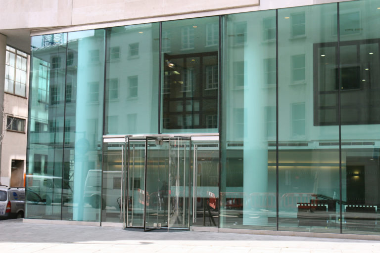 Structural Glass Facades vs Slim Façade Systems - IGS Magazine - Features - 4