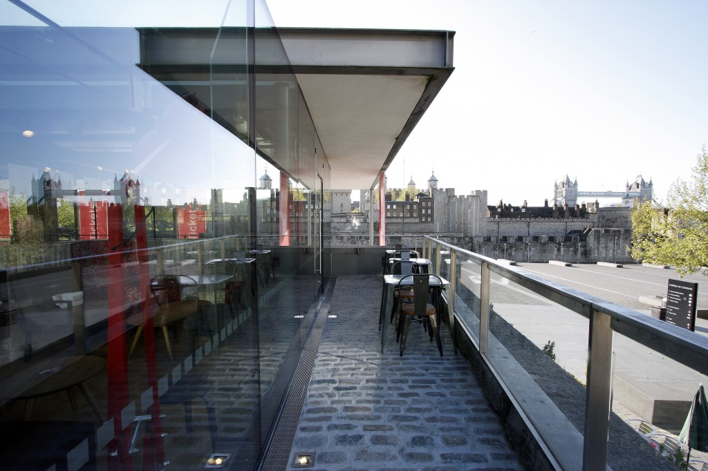 Structural Glass Facades vs Slim Façade Systems - IGS Magazine - Features - 7