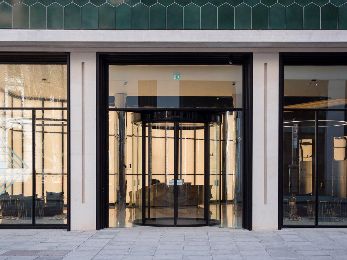 GEZE UK- IGS Magazine - Architecture - No1 Oxford Street - 4