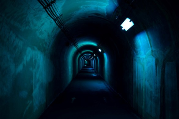 12_MAD_Echigo_Tsumari_Tunnel_of_Light_Expression_of_colors_by_Nacasa___Partners_Inc._low-res