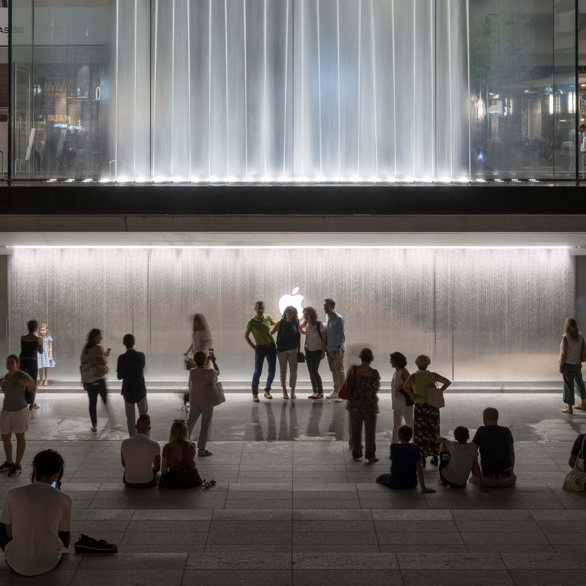 Apple Store-Milan-Foster and Partners-IGS Magazine-Press Release-3