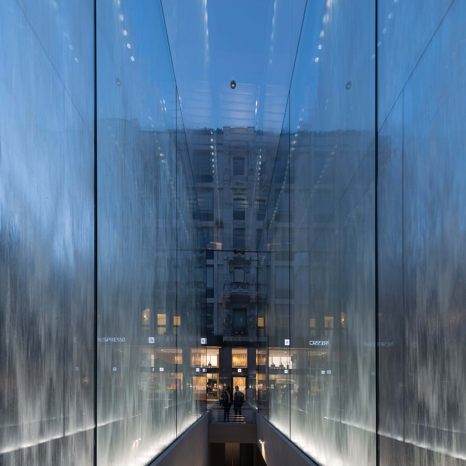 Apple Store-Milan-Foster and Partners-IGS Magazine-Press Release-4