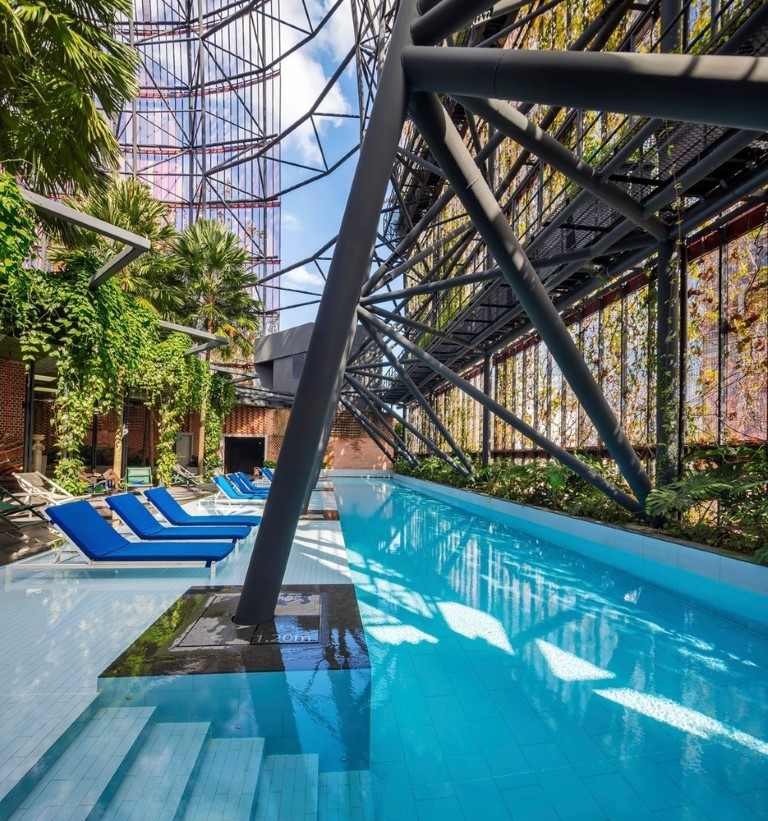 Oasis Hotel-Singapore-IGS Magazine-WOHA-through the lens-8